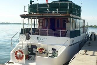 Canada, Toronto's only Boat B B& B