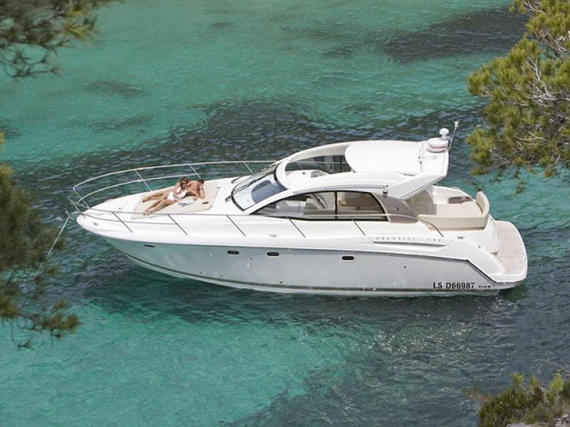 Croatia, Split. Jeanneau Prestige 38 S HT